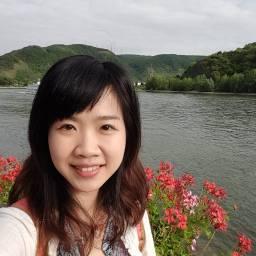李亮萱 講師